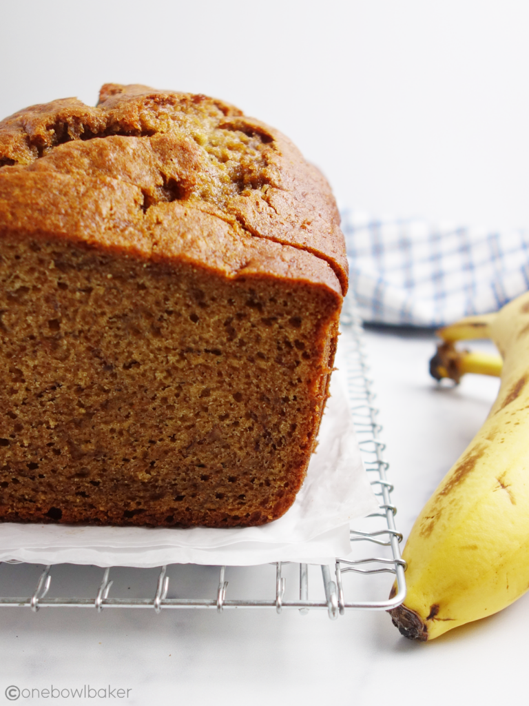 close up of a loaf of banana bread, sliced